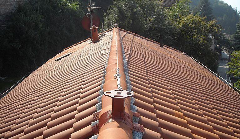 Linea-Vita-sistemi-anticaduta-tetti